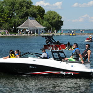 boating-tours-watersports