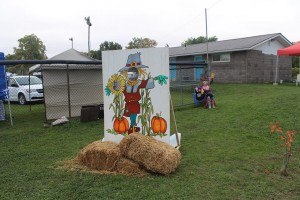 14463051 414337892023479 8415553408135641877 n 300x200 - SCARECROW FESTIVAL: FIFTY SHADES OF HAY