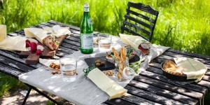 farmers market lunch 300x150 - ORILLIA FAIRGROUNDS FARMERS' MARKET LUNCH