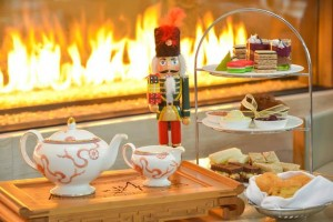 23905589 1709659279104288 7269510219669302292 n 300x200 - NUTCRACKER TEA