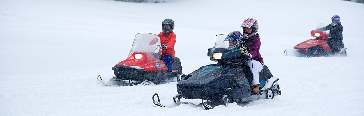 Snowmobiling 1250x400 - Top 10 Outdoor Winter Activities