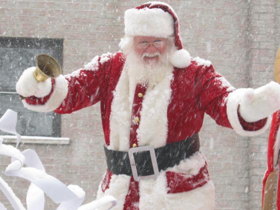 Santa parade - ORILLIA SANTA CLAUS PARADE