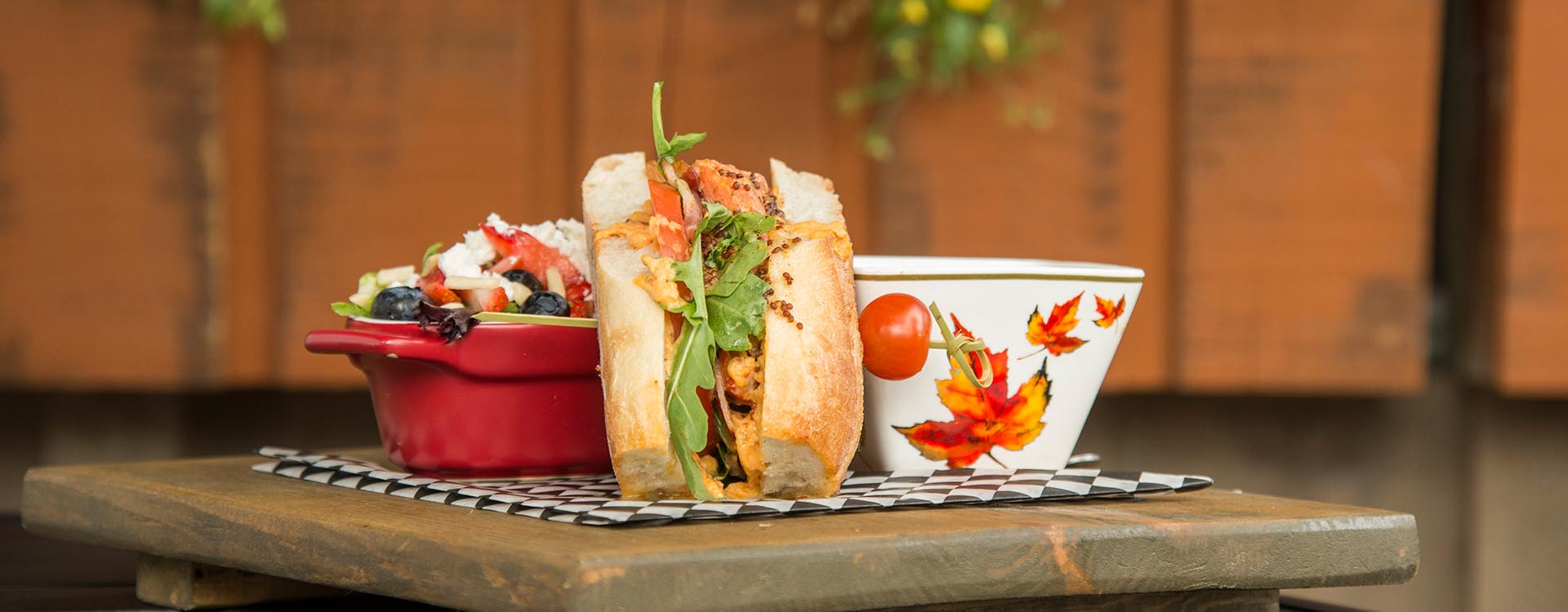 Blog Image - Restaurants That Offer Take-out or Delivery